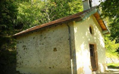 Chapelle Sainte-Anne à Tiecs : Le maintien des traditions